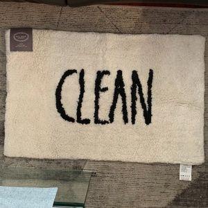"""Rae Dunn by Magenta NWT Clean Bathmat 21"""" x 34"""""""